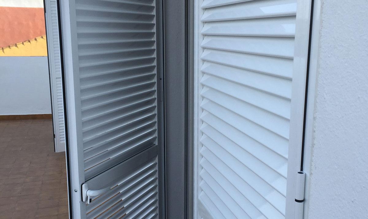Proyectos en aluminio carpinter a met lica tovar - Puertas mallorquinas ...